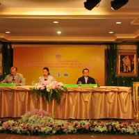 Dr. Sakchye Tapsuwan, Deputy Bangkok Governor Taya Teepsuwan and General Chetta Thanajaro at the Head Table (left to right)