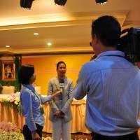 The Deputy Bangkok Governor speaks to the press