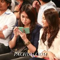 Checking a photo